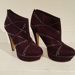 Michael Antonio high heel bootie